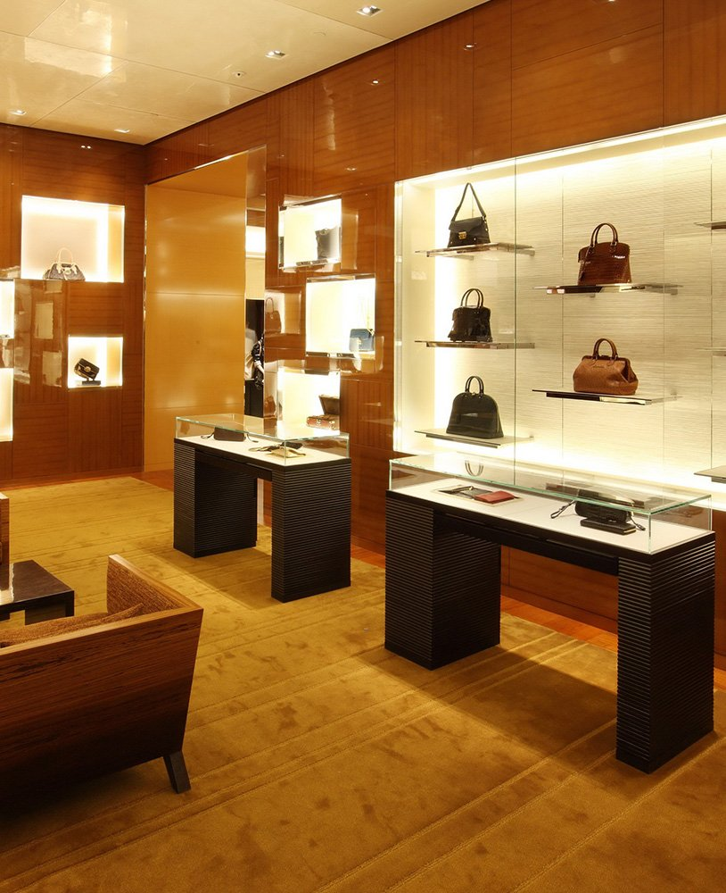 Showcasing the modern retail store